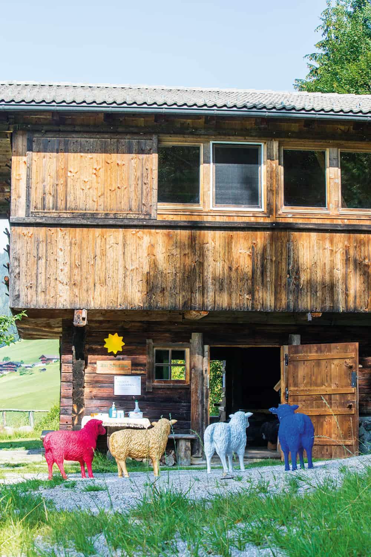Der traditionelle Auftakt für die PRAEVENIRE Gipfelgespräche erfolgte auf der alten Schafalm des Böglerhofes in Alpbach.